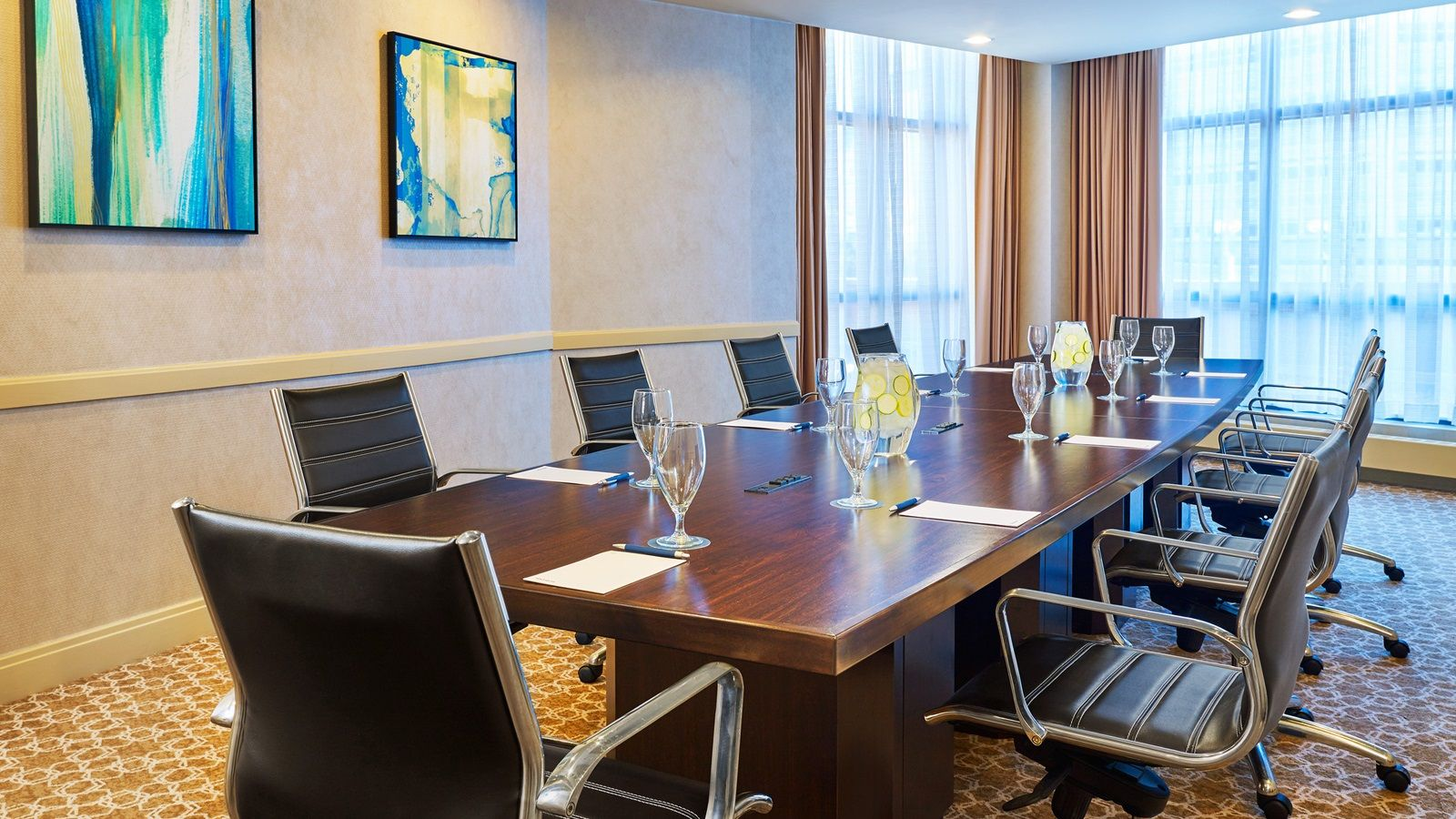 Boardroom - Sheraton Baltimore North Hotel